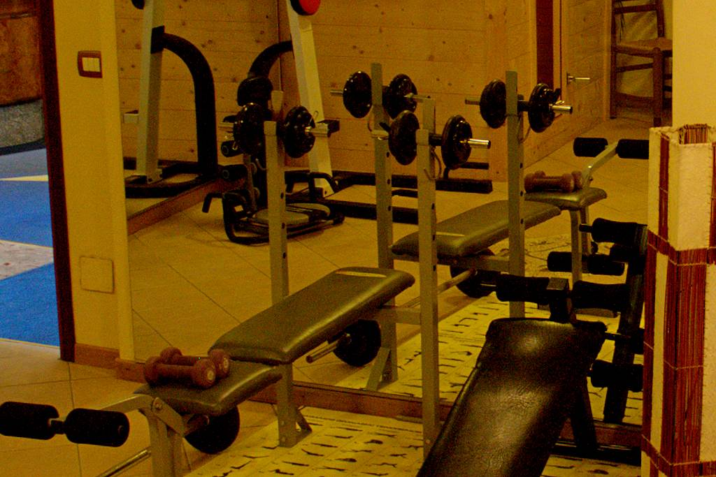 hantelbank-fitness-gardasee-pension