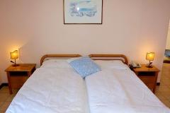 hotel-pensione-lago-di-garda-vicino-spiaggia-0013