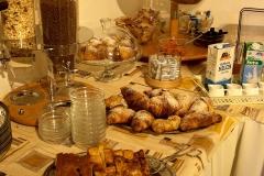 gardasee-pension-direkt-am-see-fruehstueck-buffet-0006