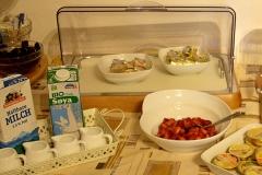 pensione-lago-di-garda-buffet-colazione-0008