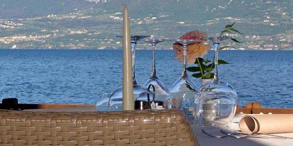 hotel-ristorante-menapace-lago-di-garda-0001.jpg