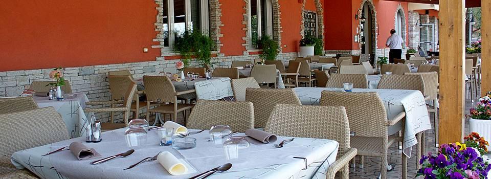 hotel-ristorante-menapace-lago-di-garda-0002.jpg